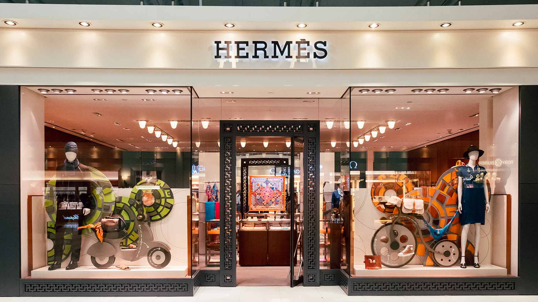hermes store front
