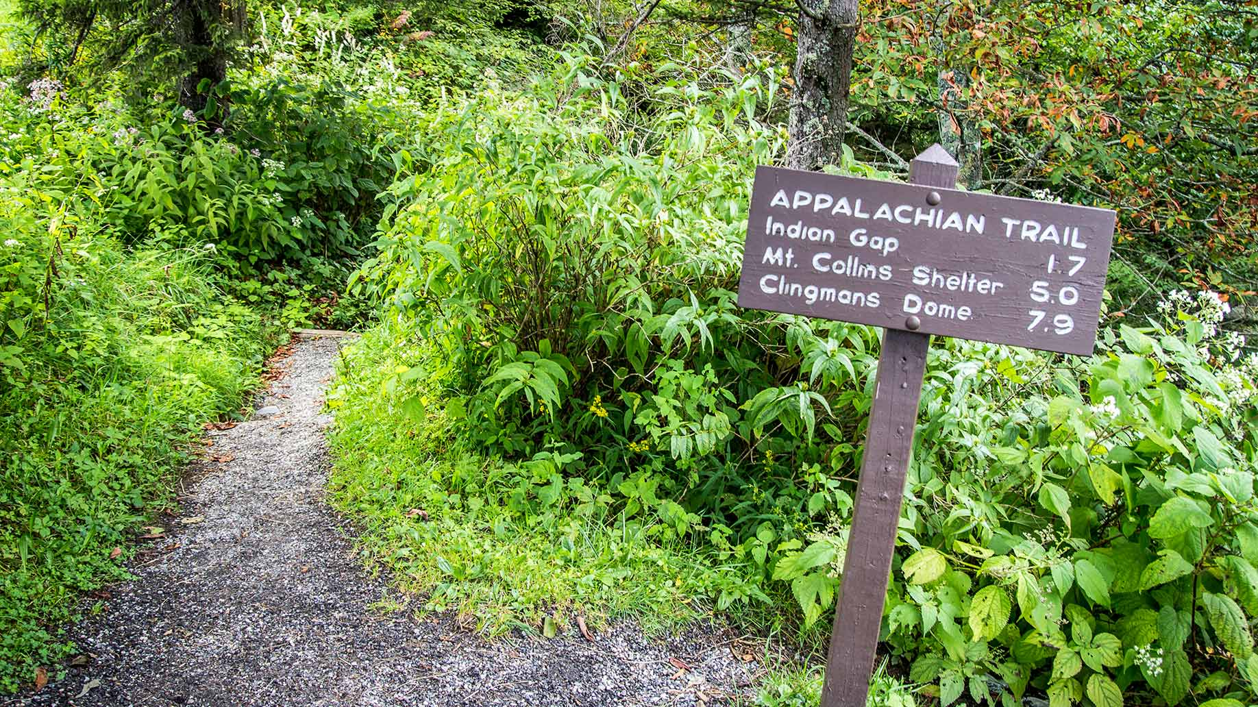 appalachian trail hiking sign