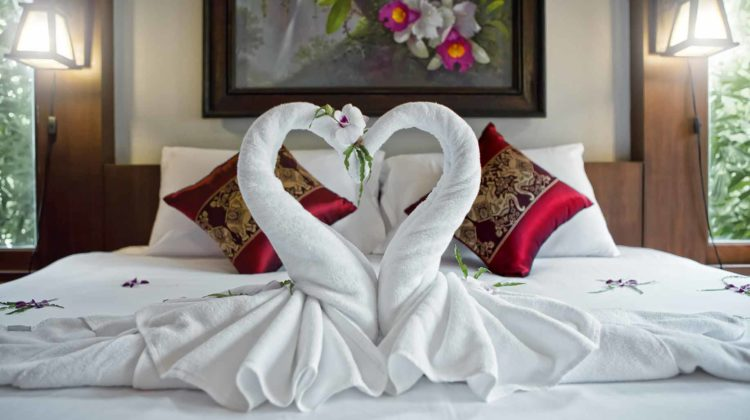 How Much Does a Honeymoon Suite Cost – Prices