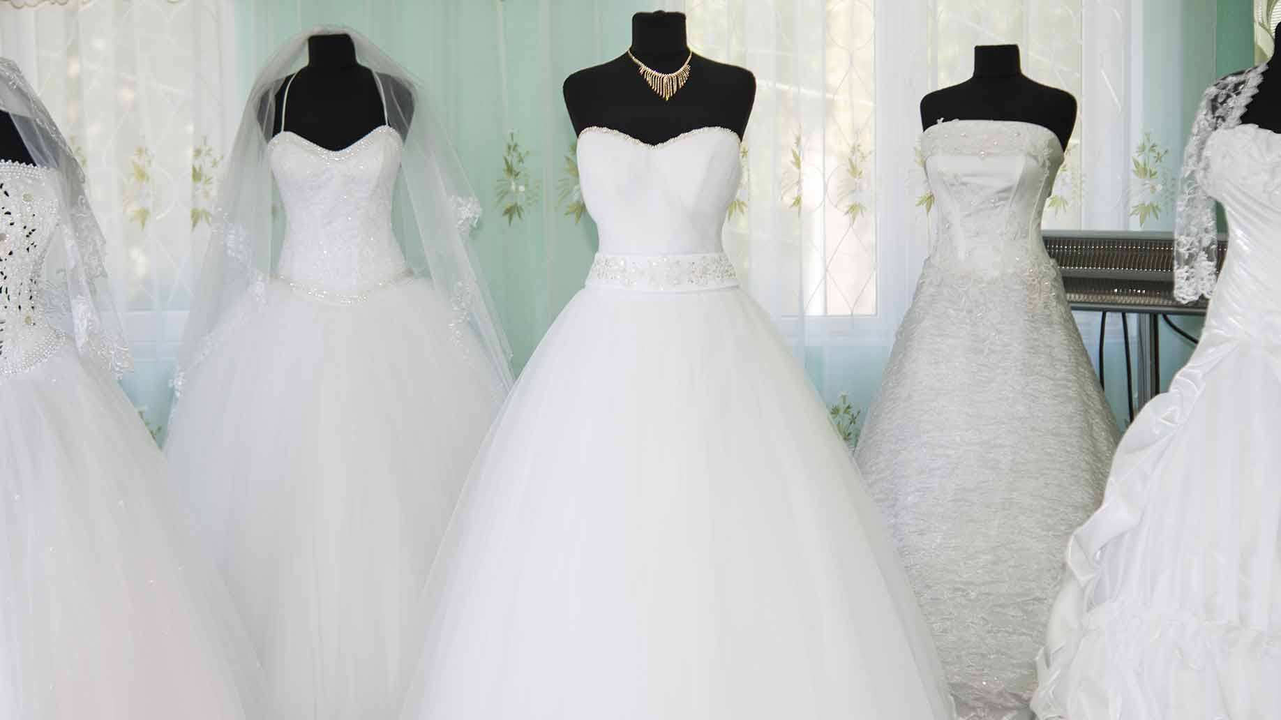 How Much Does a Wedding Dress Cost - Prices